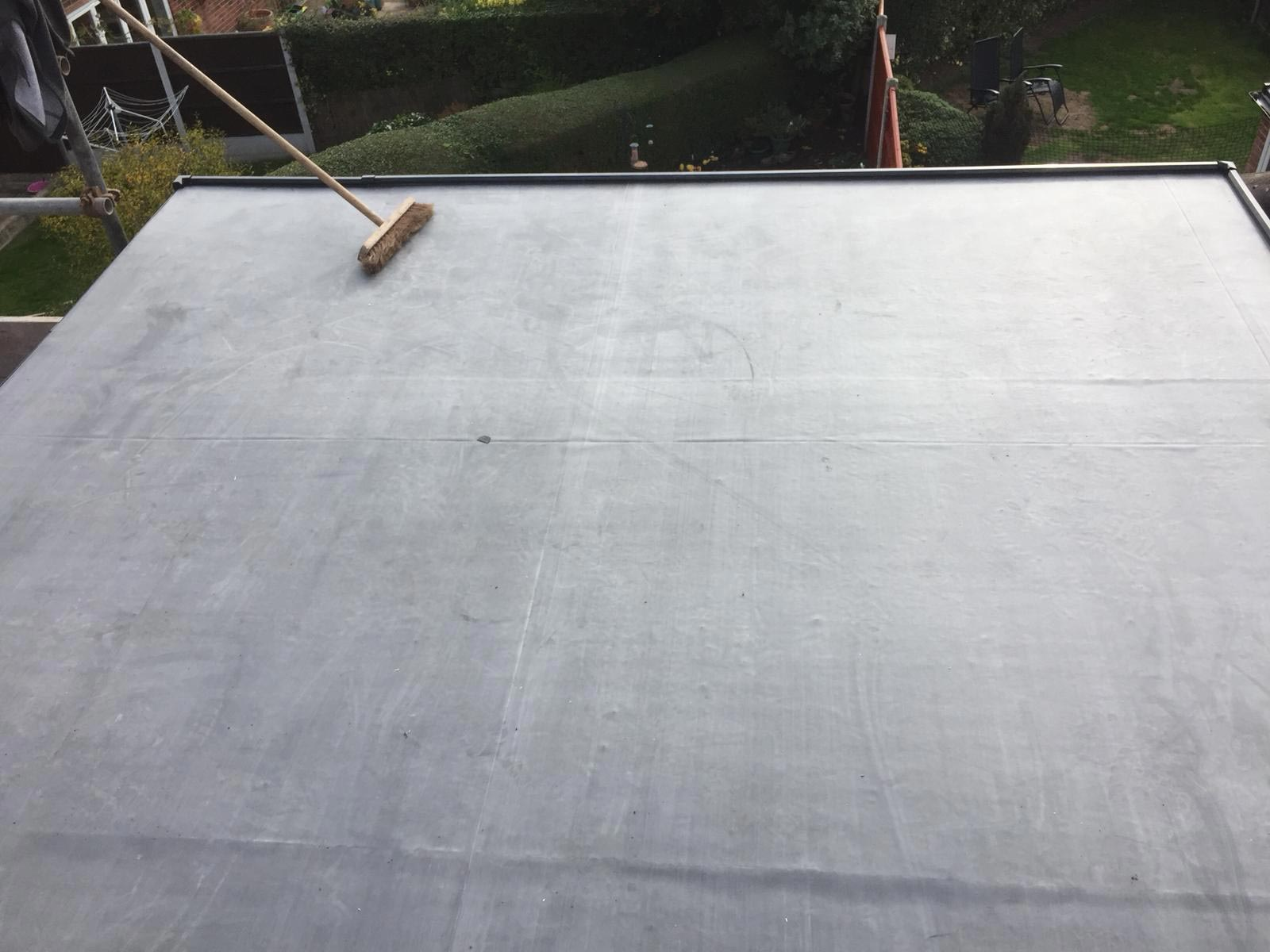 flat roofing finish